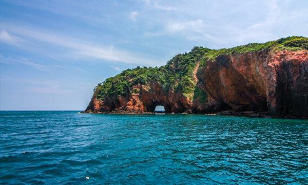 เที่ยวประจวบคีรีขันธ์ กับ 3 สถานที่ท่องเที่ยวน่าเที่ยวที่บอกเลยว่าคนรักทะเลไม่ควรพลาด กับบรรยากาศดี ๆ