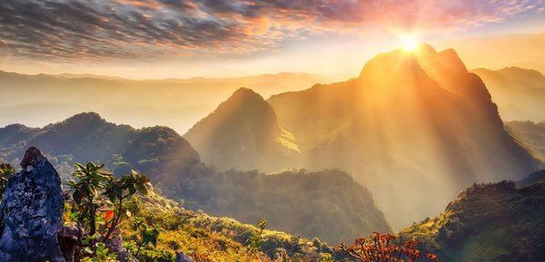 แบกเป้พร้อมลุย กับ 3 ที่เดินป่าสุดฮิตในประเทศไทย