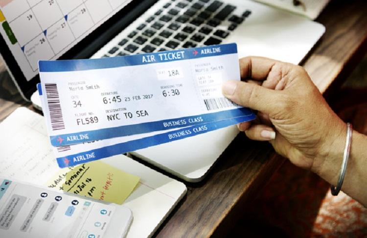 ตั๋วเครื่องบินราคาถูก